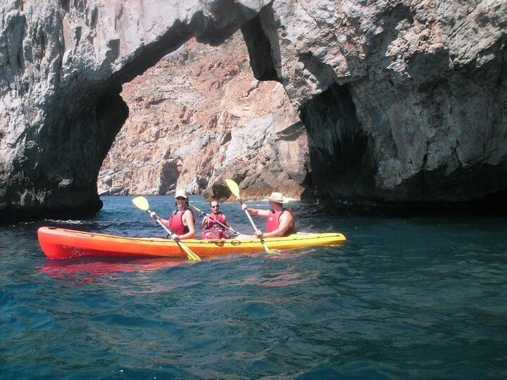 Sea kayaking in Murcia