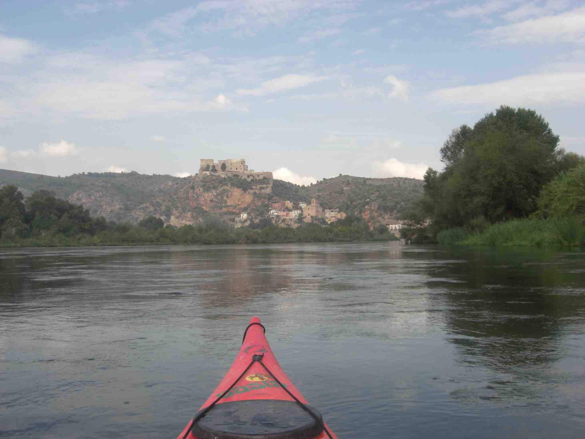 Kayaking in Ebro river